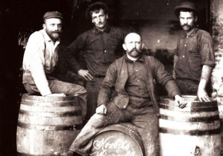 Vintage Californian wine makers